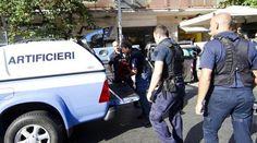 ALLARME BOMBA AL CENTRO COMMERCIALE ITALIANO: PANICO, ARRIVANO GLI ARTIFICIERI, I DETTAGLI - http://www.sostenitori.info/allarme-bomba-al-centro-commerciale-italiano-panico-arrivano-gli-artificieri-dettagli/229904
