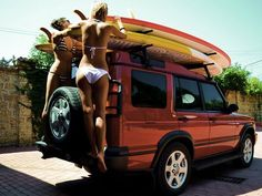 Land Rover Discovery for surfing Land Rover Discovery 1, Discovery 2, Pink Summer, Summer Time, Summer Sun, Vw Vintage, Sup Surf, Surf Trip, Surfs Up