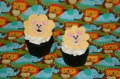 Lion cupcake topper