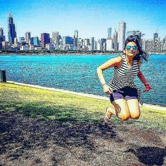 Trying to be as tall as the #Chicago #Skyline!  #USA #Travel #Traveldiaries #Jump #ChiTown #SheddAquarium #museumcampus