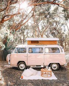9 Best Vintage Camper TrailersYou can find Vw camper vans and more on our Best Vintage Camper Trailers Vintage Campers Trailers, Airstream Trailers, Vintage Caravans, Vintage Motorhome, Travel Trailers, Camping Vintage, Vw Vintage, Vw Camping, Camping Ideas
