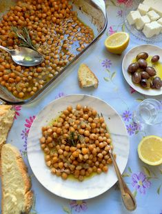Baked Chickpeas with Rosemary http://pepiskitcheninenglish.blogspot.gr/2017/12/baked-chickpeas-with-rosemary.html