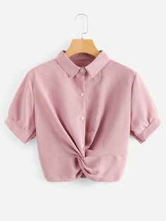 Blusa sólida bajo girante-Spanish Romwe Trendy Tops, Cute Tops, Outfit Goals, My Outfit, Tumblr Fashion, Simple Dresses, Everyday Outfits, Cute Outfits, Fashion Outfits