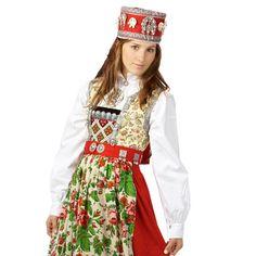 Traditional Norwegian folk costumes - Page 5 Folk Costume, Costumes, How To Wear Rings, Folk Clothing, Bridal Crown, Ethnic Fashion, Traditional Dresses, Nye, Harajuku