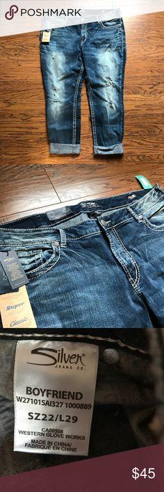"""NWT Silver Distressed Boyfriend Capris - 22 NWT Silver Distressed Boyfriend Capris - 22 - L29"""" Silver Jeans Jeans Boyfriend"""