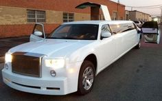 An important part of the income of Stretch limo service Los Angeles come from books, however, they can also be used to celebrate the fifteenth birthday of a young girl.