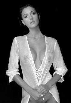 Monica Belucci #irresistible