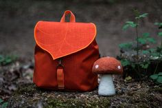 all is in the air, the leaves are getting crisp and the Leafling bags are beyond appropriate. Handmade in Budapest, these bags are a fashionable homage to seasonal foliage. …