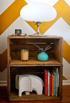 love this idea of using vintage/old crates as a bookcase.  via www.ahouseinthehills.com