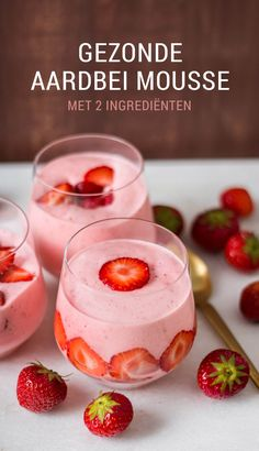 Quick strawberry mousse recipe - healthy and with only 2 ingredients! - Recipe for a healthy strawberry mousse – light and made with fresh fruit! Quick Healthy Meals, Healthy Baking, Healthy Snacks, Healthy Recipes, Köstliche Desserts, Delicious Desserts, Yummy Food, Desert Fruit, Tapas