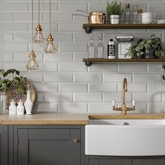 Contemporary living Room Decor - How do I soften my living room? Contemporary living Room Decor - What is the 60 30 10 decorating rule? Grey Kitchen Wall Tiles, Metro Tiles Kitchen, Kitchen Splashback Tiles, Kitchen Flooring, Kitchen Interior, New Kitchen, Kitchen Decor, Grey Kitchens, Home Kitchens