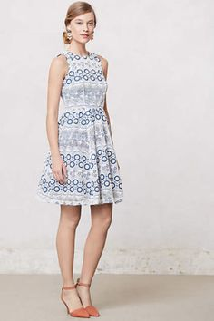 Anthropologie-Embroidered-Arcadia-Dress-NWT-Size-0