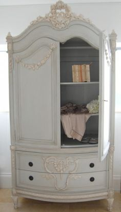 Shabby Chic With Grey And Cream Paint, Not Chalk Paint