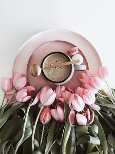 Coffee Vs Tea, Coffee And Books, Coffee Art, Good Morning Coffee, Good Morning Good Night, Coffee Time, Love Picture Frames, Coffee Flower, Rose Images