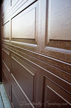Our diy gel stain garage door update! Garage Door Update, Garage Door Paint, Garage Door Makeover, Garage Doors, Garage House, House Front, Shutter Hinges, Townhouse Exterior, Cleaning Cabinets
