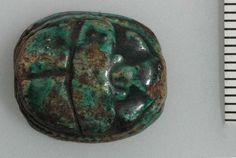 Amulette (objet qui porte chance que l'on porte sur soi) scarabée