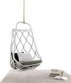 Rattan hanging chair by Expormim