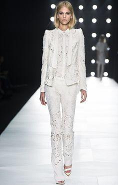 Roberto Cavalli S/S 13    Source: http://dresscodehighfashion.blogspot.de/2013/04/the-10-prettiest-white-looks-ss-13.html