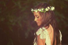 Coronas de flores naturales by LUNA NOVIAS ARG. Flower Crown. Detalles/handmade. Bride. Art https://www.facebook.com/luna.novias