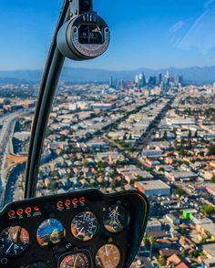 Let me ride.....#tbt  . . #ig_masterpiece #igworldclub #photoshoot #hypegeo #createyourhype #awesomeearth #photowall #letsgoeverywhere #natgeo #bestvacations #way2ill #rooftops #dailyscape #realestate #cityviews #aov10k #wonderfulplaces #shotaward #aerial