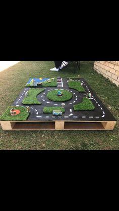 Outdoor Car Track For Kids, Car Tracks For Kids, Kids Outdoor Play, Kids Play Area, Backyard For Kids, Outdoor Fun, Outdoor Projects, Projects For Kids, Diy For Kids