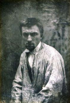 Auguste Rodin, Paris, ca 1862 [ab. 22y] -by Charles Hippolyte Aubry.PinIt : Anónimo de Piedra