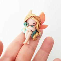 Polymer Clay Fairy, Polymer Clay Sculptures, Cute Polymer Clay, Cute Clay, Polymer Clay Dolls, Polymer Clay Miniatures, Polymer Clay Projects, Polymer Clay Charms, Sculpture Clay