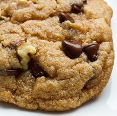 Aunt Berties butter toll house chocolate chip cookies with walnuts