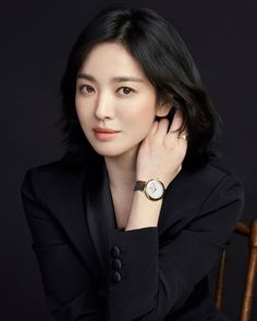 Beautiful Asian Women, Simply Beautiful, Korean Actresses, Actors & Actresses, Desendents Of The Sun, Song Hye Kyo Style, Formal Looks, Joong Ki, Beauty Queens