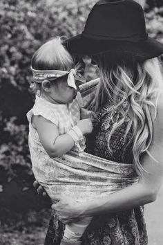 mother&daughter summer outfit, dress & hat, hair