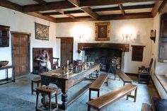 Sulgrave Manor - Great Hall, via Flickr.
