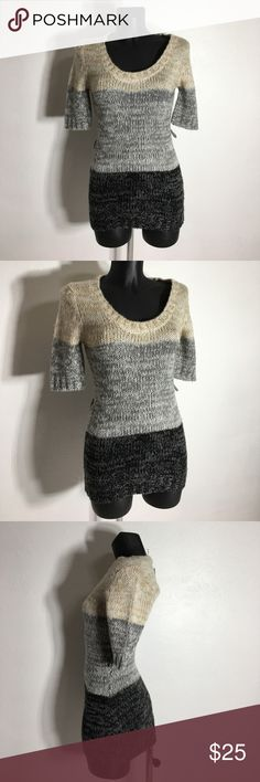Derek Heart Vintage Multicolored Sweater Top - M Belt missing.  Please ask questions before purchasing.  See pictures for more information and description details.  Thank you for stopping by my closet.  Sparkles ✨ and Happy Poshing! Derek Heart Sweaters Crew & Scoop Necks