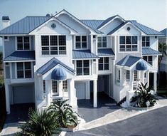 Best Pictures Of Houses With Blue Metal Roofs Ocean Blue 400 x 300