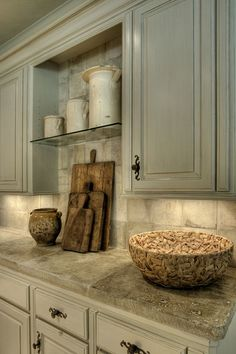 Traditional Kitchen with Limestone Tile, Stone Tile, Jerusalem Gold Polished Limestone, Limestone tile counters, Raised panel