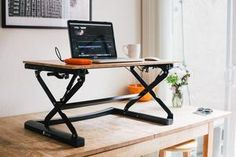 Standee offers a full suite of affordable standing desks. Find a height adjustable standing desk to fit your needs here.