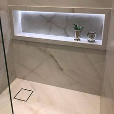 Bathroom Design Luxury, Modern Bathroom Design, Luxury Interior Design, Contemporary Tile, Contemporary Bathrooms, Budget Bathroom Remodel, Bathtub Tile, Home Building Design, Luxurious Bedrooms