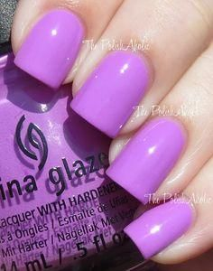 China Glaze - 'That's Shore Bright'