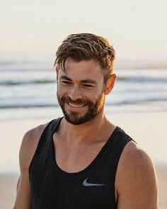 Mens Hairstyles With Beard, Cool Hairstyles For Men, Hair And Beard Styles, Hairstyles Haircuts, Long Hair Styles, Layered Hairstyles, Hair Style Of Men, Man Short Hairstyle, Mens Hairstyles Medium Undercut