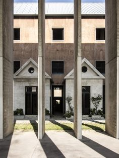 https://flic.kr/p/eqyV8o | City of the Dead | Aldo Rossi