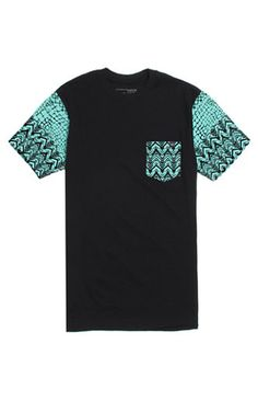 A PacSun.com Online Exclusive! PacSun presents the Young & Reckless Cold Blooded Pocket T-Shirt for men. This two tone men's t-shirt creates a stylish look thanks to the mint green print and Young & Reckless logo on the chest pocket. Black tee Young & Reckless logo loop on chest pocket Crew neck Short sleeves Regular fit Machine washable 100% cotton Imported