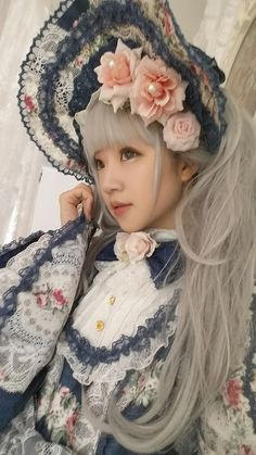 Love everything about this! #lolita #sweet Harajuku Fashion, Japan Fashion, Kawaii Fashion, Lolita Fashion, Gothic Dolls, Gothic Lolita, Lolita Style, Quirky Fashion, Cute Fashion