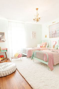 the boo and the boy: shared kids' rooms