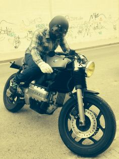 BMW K100 Cafe Racer Kalorika by FULL