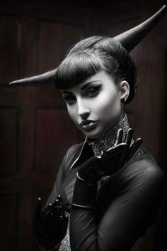 "mondfaenger: "" "" daemmerung © Photo by silent-order make-up, hair, model: lisa vandalism couture: danny deluxe "" "" Steampunk, Gustav Jung, Lisa, Dark Beauty, Gothic Beauty, Gothic Art, Modern Gothic, Dark Gothic, Beauty Art"