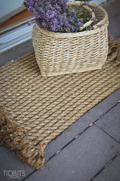How to turn rope into a beautiful rug | a DIY tutorial by TIDBITS