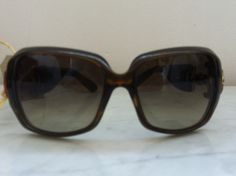Gucci Sunglasses With Bamboo Detail via The Queen Bee. Click on the image to see more!