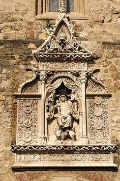 Hungary - Budapest, Dominikánus templon maradványa a Hilton falán