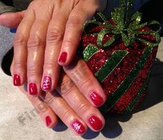 Love this photo! Holly Schippers rocks it! Chrismas Nail Art, Nail Technician, Nail Artist, Nails Inspiration, Geek Stuff, Christmas Ornaments, Holiday Decor, Rocks, Awesome