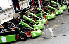 Az E-Kart Ring 4-5 gokart és egy mobil pálya helyszínre történő telepítésével is teljes körű szolgáltatást nyújt céges rendezvényeken, születésnapi rendezvényeken, falunapokon, bemutatókon.