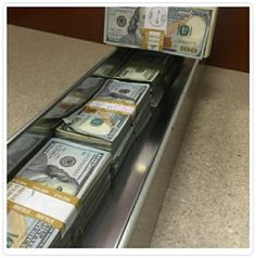Money flows effortlessly into my life...I Lenda V.L. WON the 2016 September/October 1st lotto jackpot‼